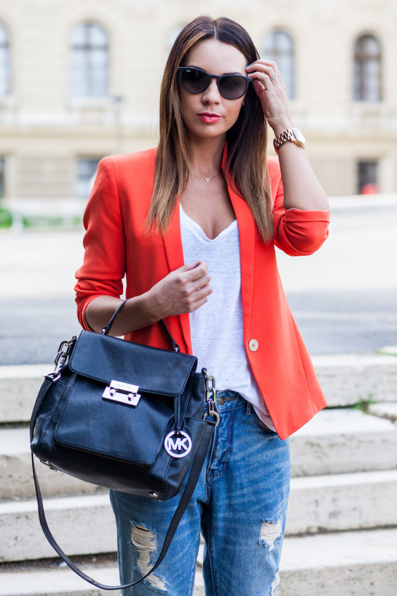 Image source: www.FashionTagBlog.com