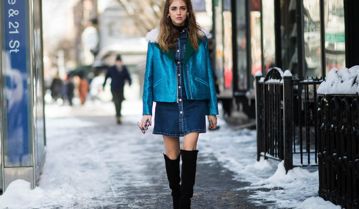 The right ways to style blue with black