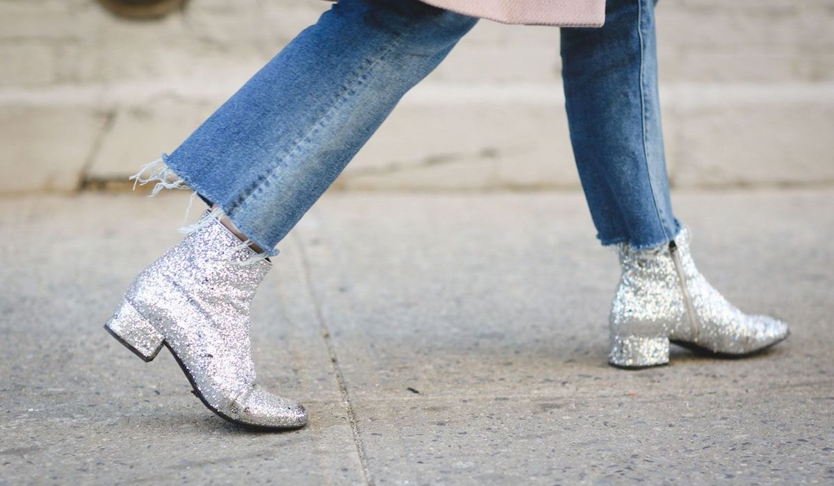 How to wear glitter after New Year's