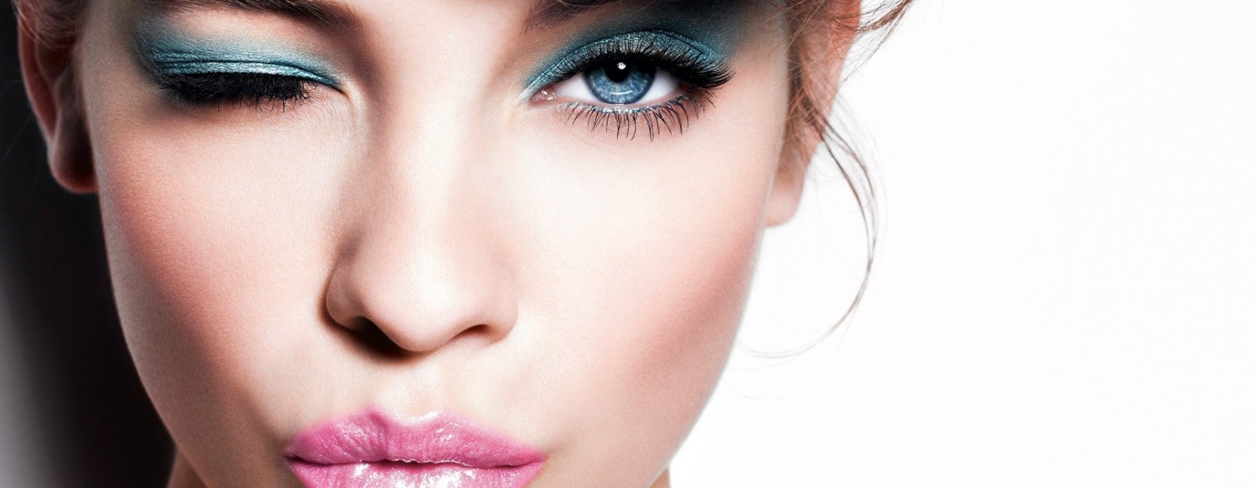 How to use makeup to look much younger