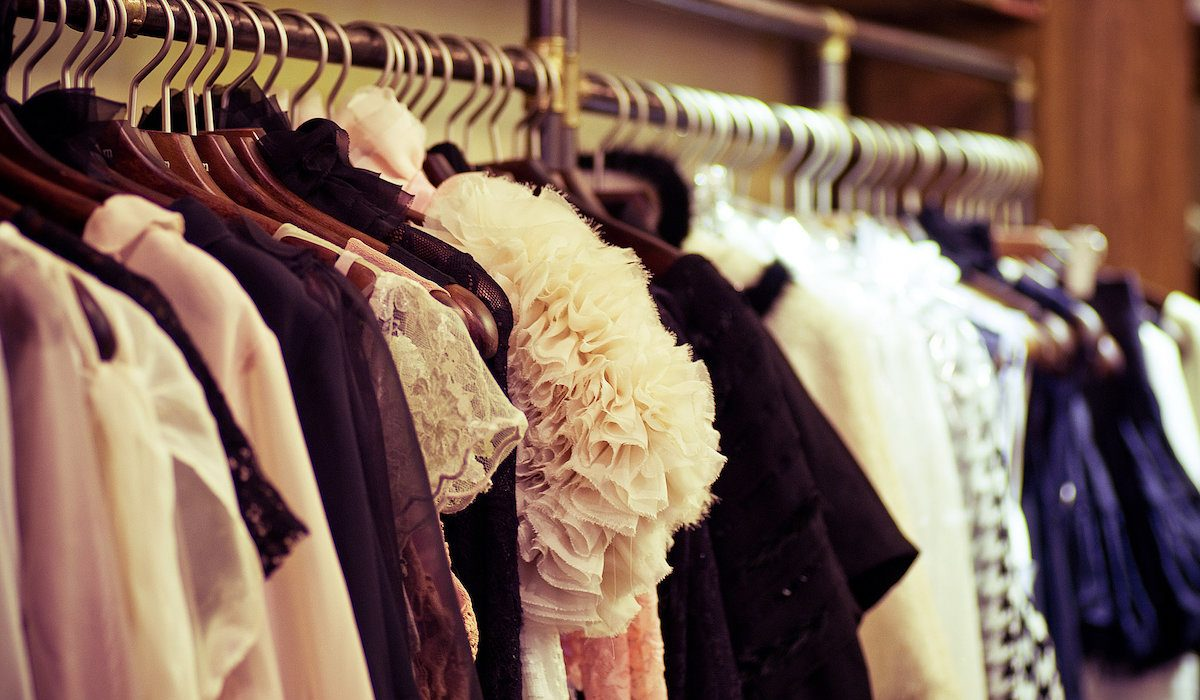 Five useful tips for an orderly closet