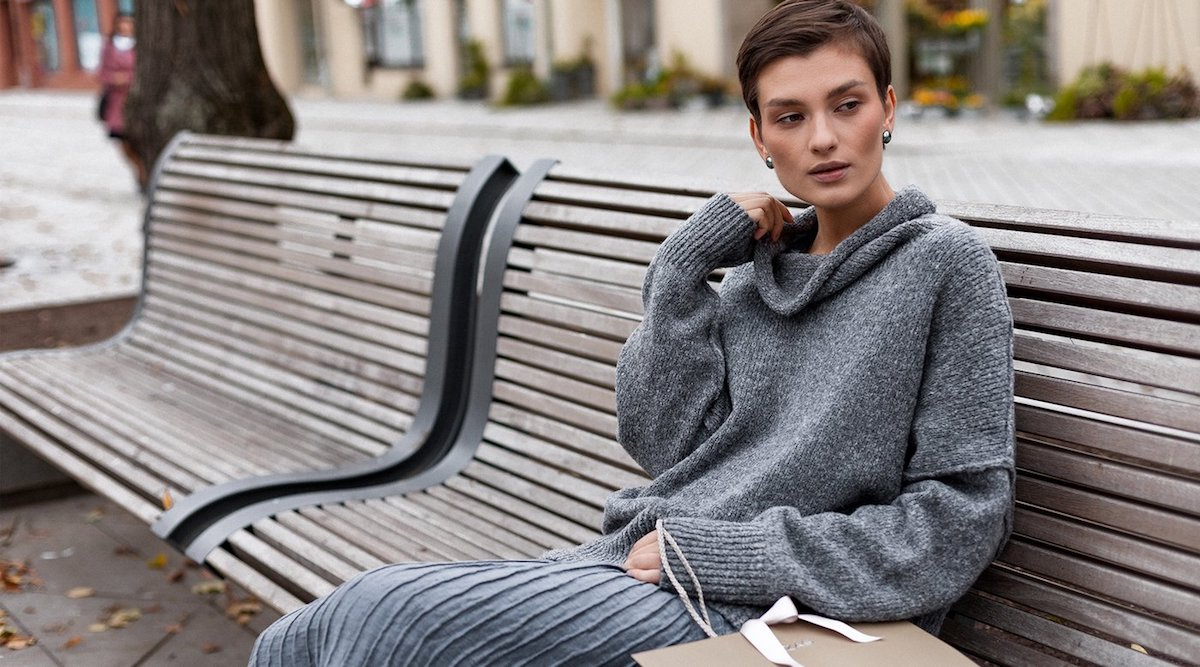 Warm and loose knitwear: the mega trend of the season