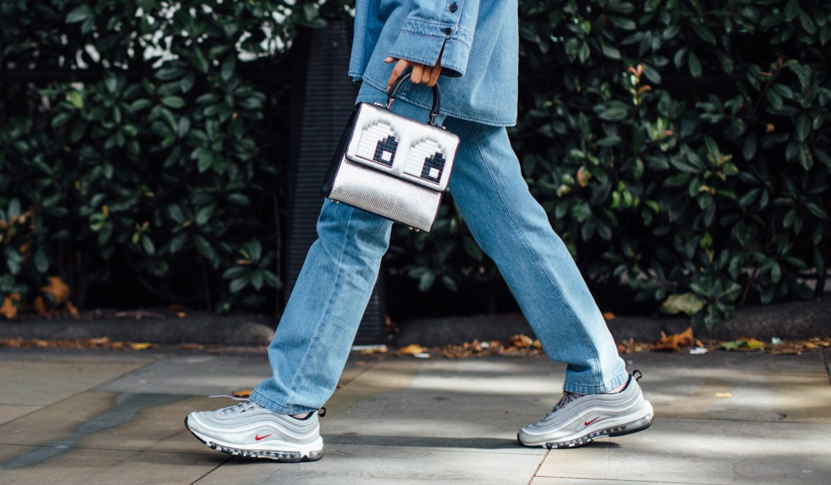 Chunky sneakers: the sporty footwear of the moment