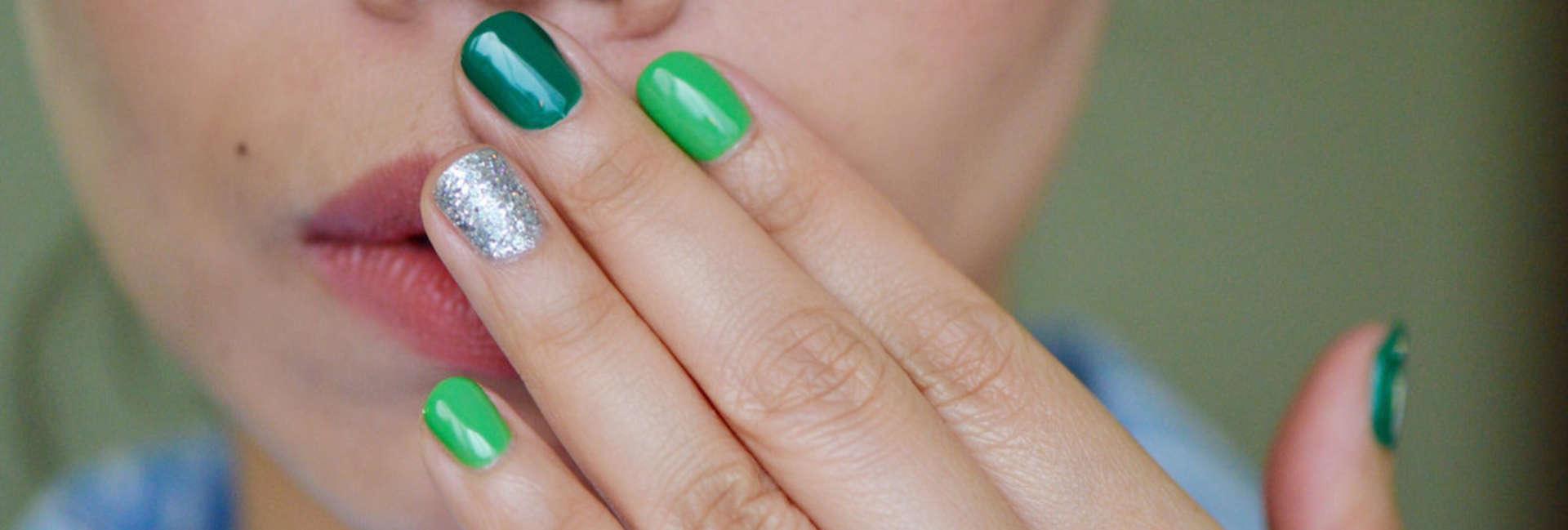The rainbow manicure