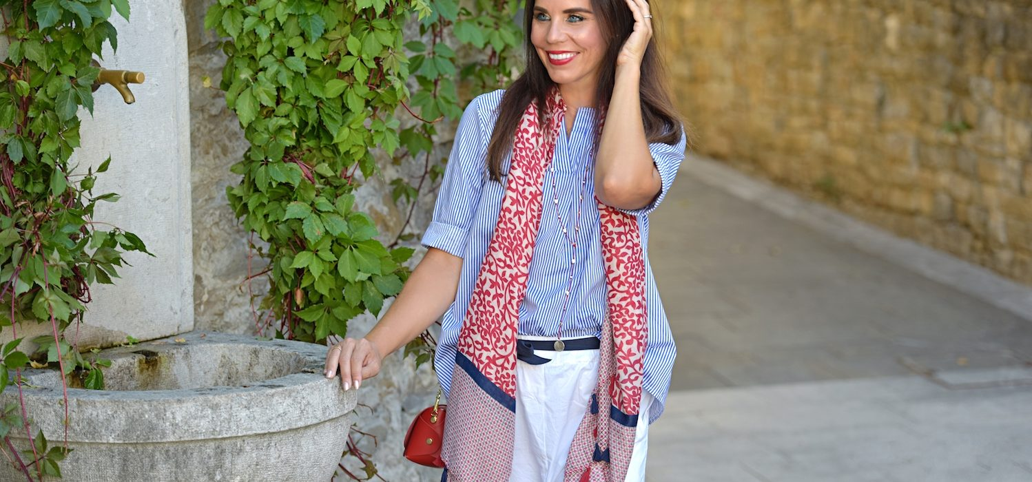 Style of the day: white, blue and red