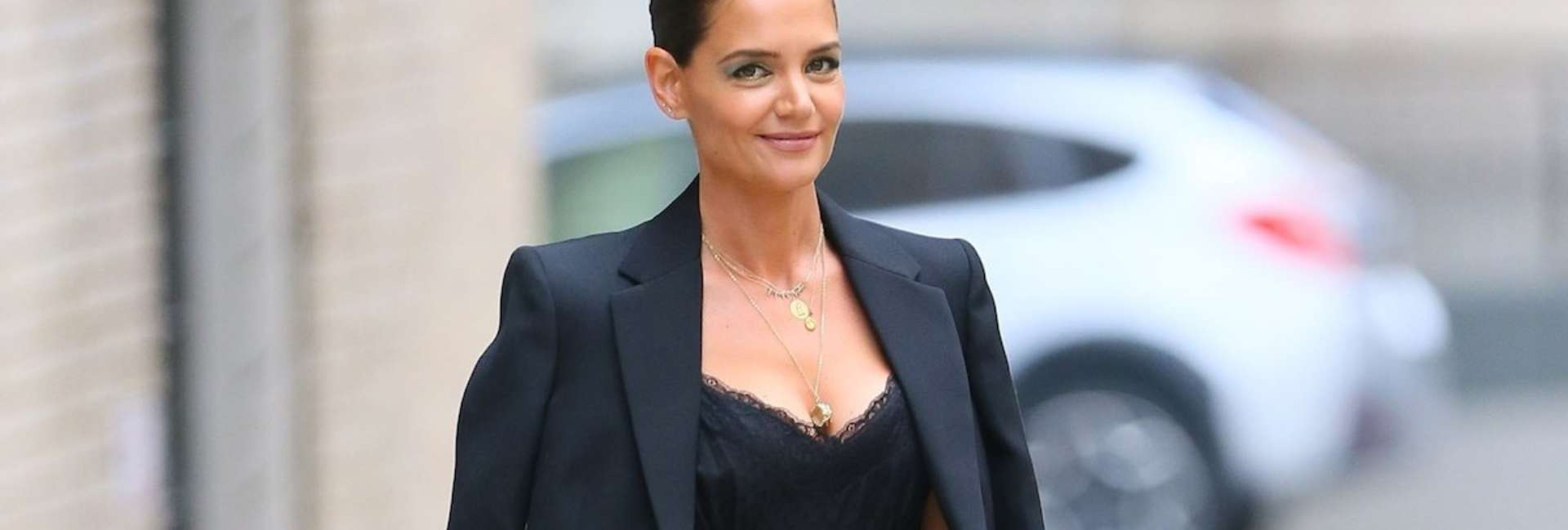 Katie Holmes is our fashion icon!