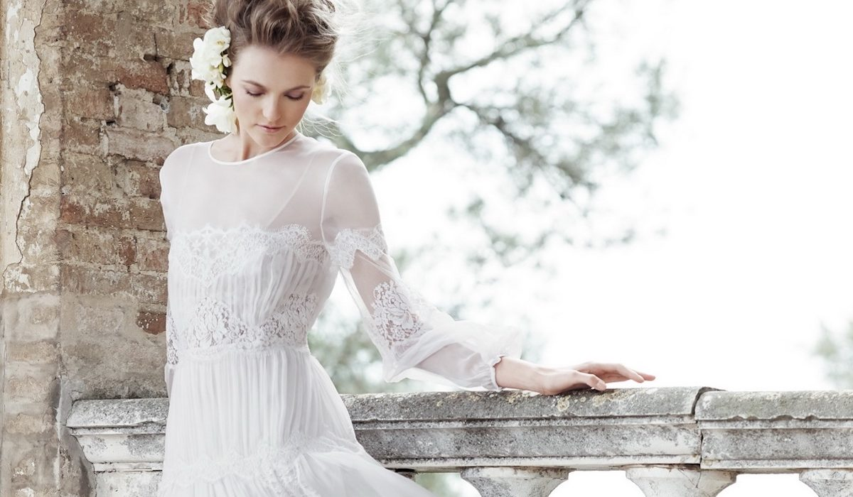 Spring trend: the white dress – like a bride!