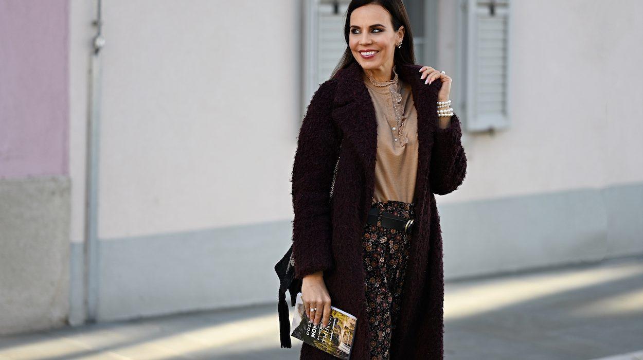 Style of the day: the velvet, flower print pants