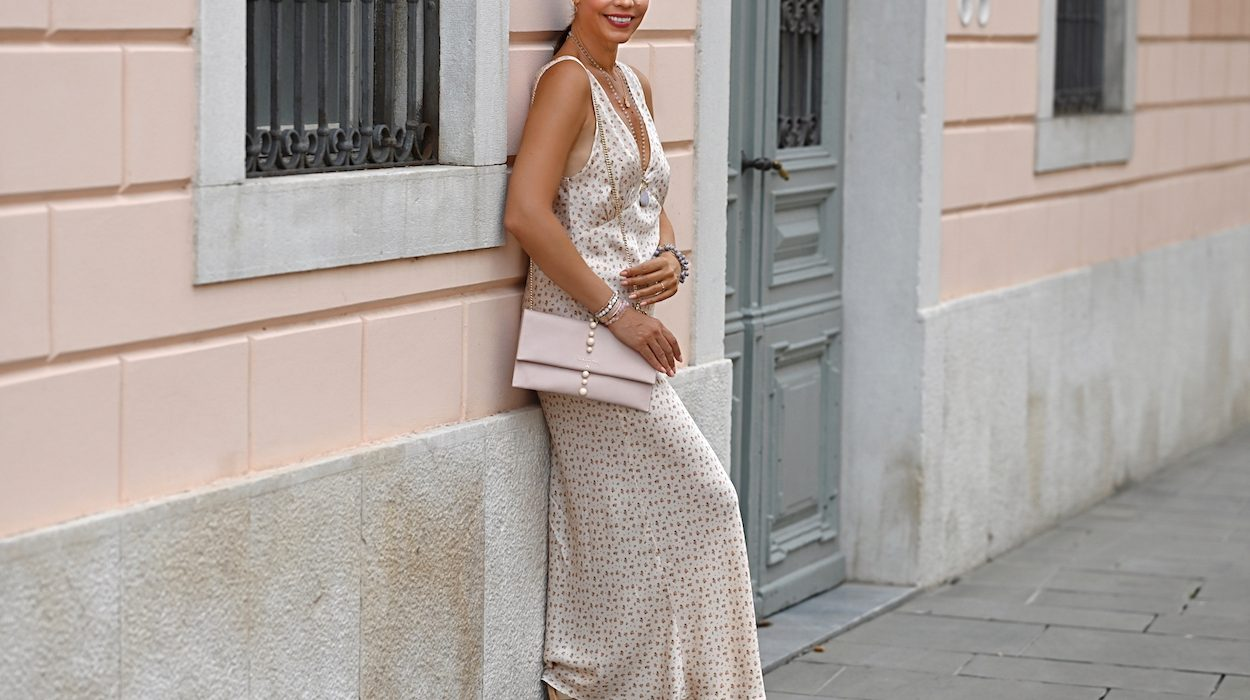 Style of the day: the long, satin dress