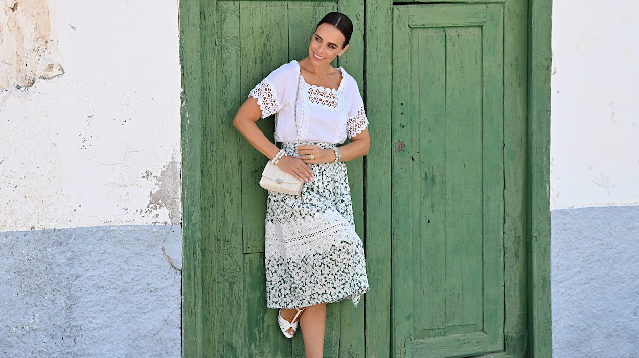 Style of the day: the midi, green skirt